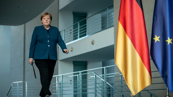 Angela Merkel en cuarentena voluntaria.