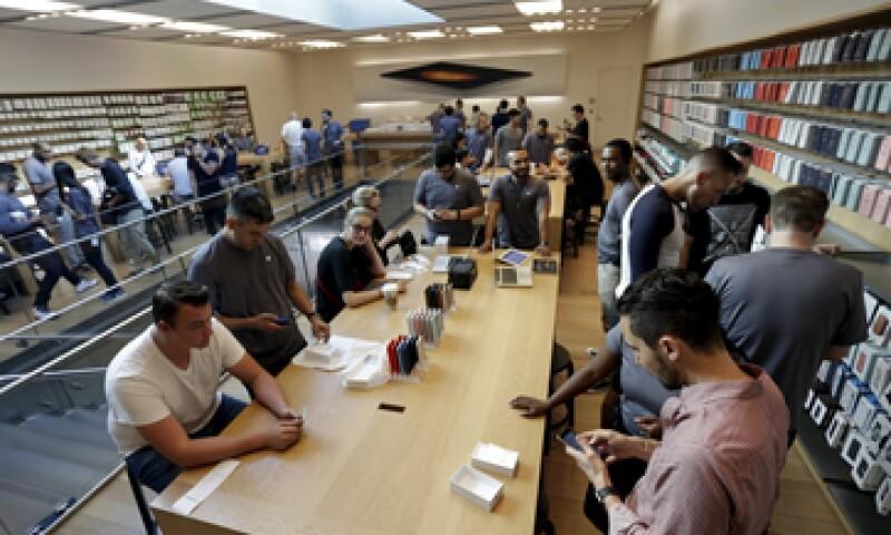 Los iPhone 6s y 6s Plus llegaron a las tiendas el viernes pasado. (Foto: Reuters )