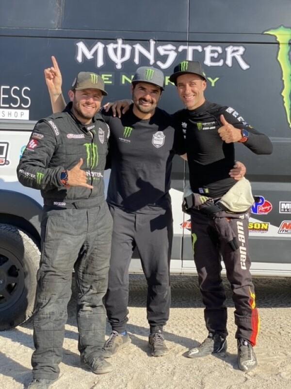 Abelardo Ruanova, Luis Javier Pelayo y Gerard Farres - Huawei & Monkey Business.jpg