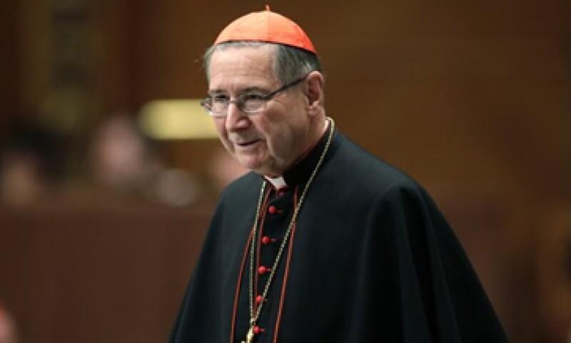 Pese a las acusaciones en su contra, Roger Mahony asiste a la elección del nuevo Papa.  (Foto: Reuters)