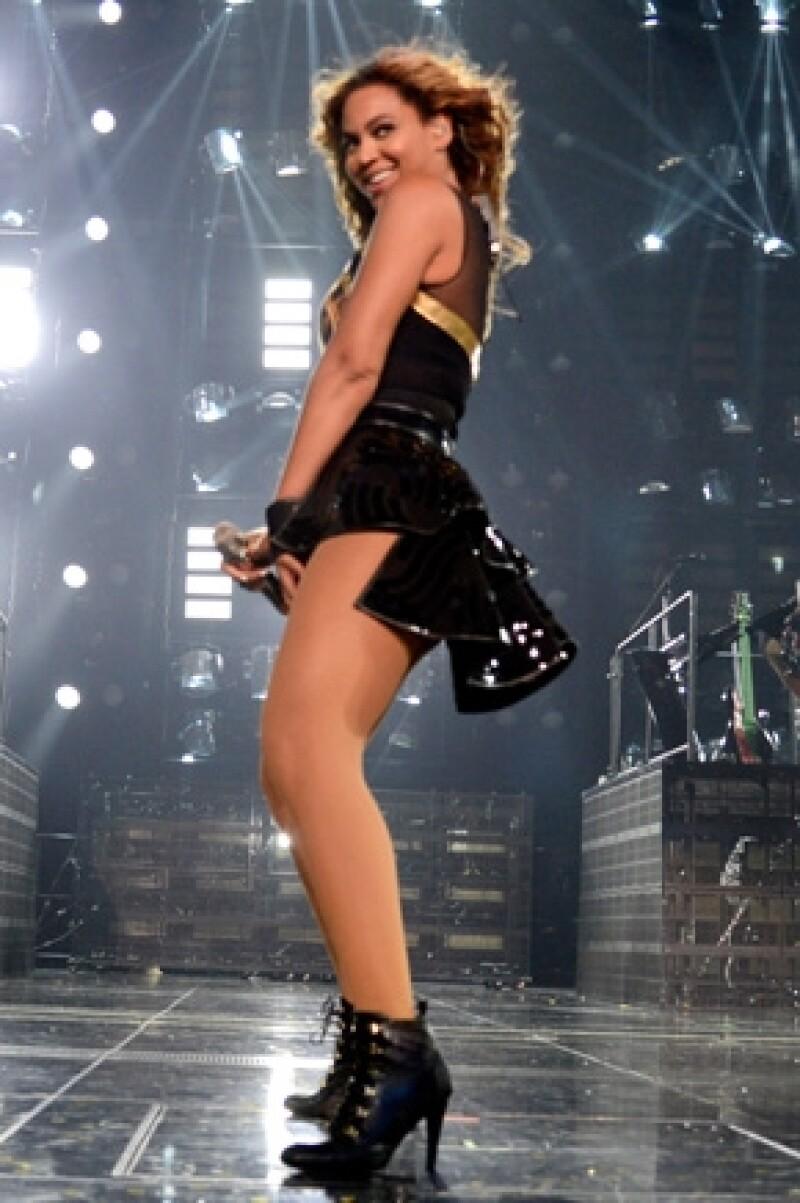 Al concierto de Beyoncé acudieron Kourtney y Kendall Jenner.