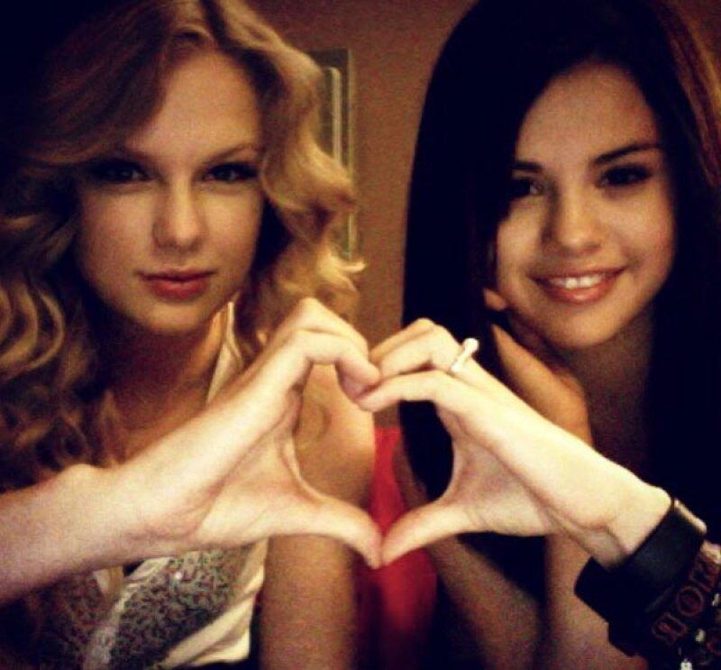 Taylor felicitó a su mejor amiga con un throwback en Instagram.