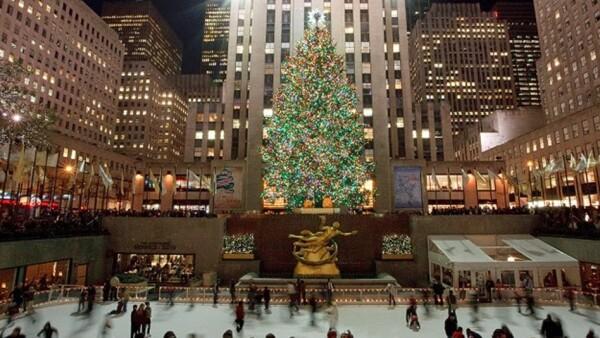 viajes, turismo, navidad, celebraciones, arbol, lituania, malasia, lego, nueva york, paris, rio, washington, brandeburgo, macarrones, sombrillas, londres, opera, fendi, italia, botellas