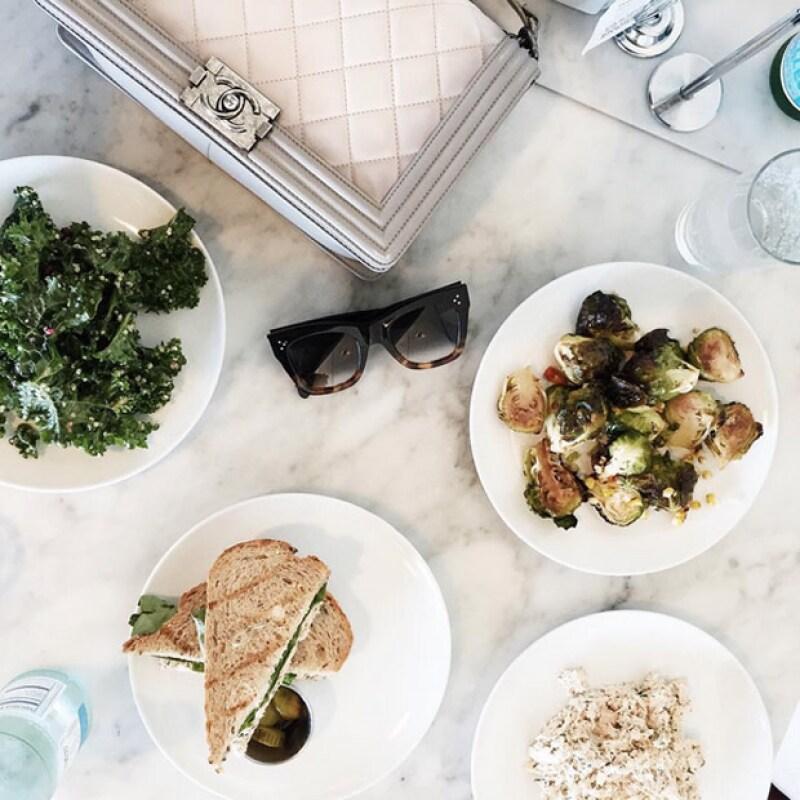 La app Snapseed es la mejor para iluminar tus fotos de productos y comida.