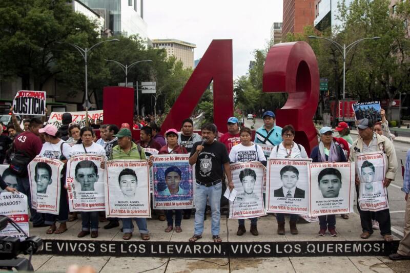 47_Meses_Ayotzinapa-2.jpg
