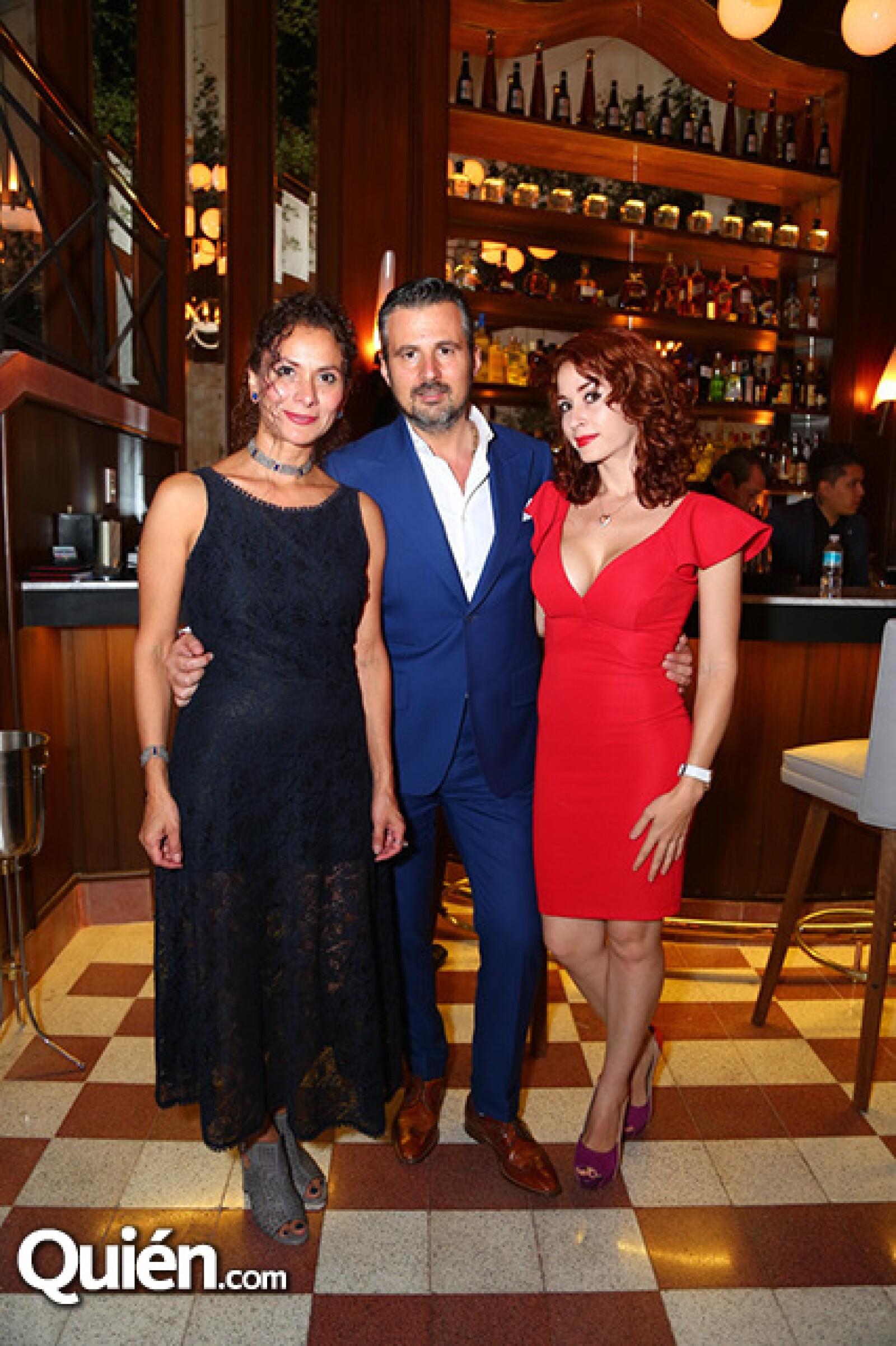 Norma Angélica Gutiérrez,Marco Valentini y Paola Orozco
