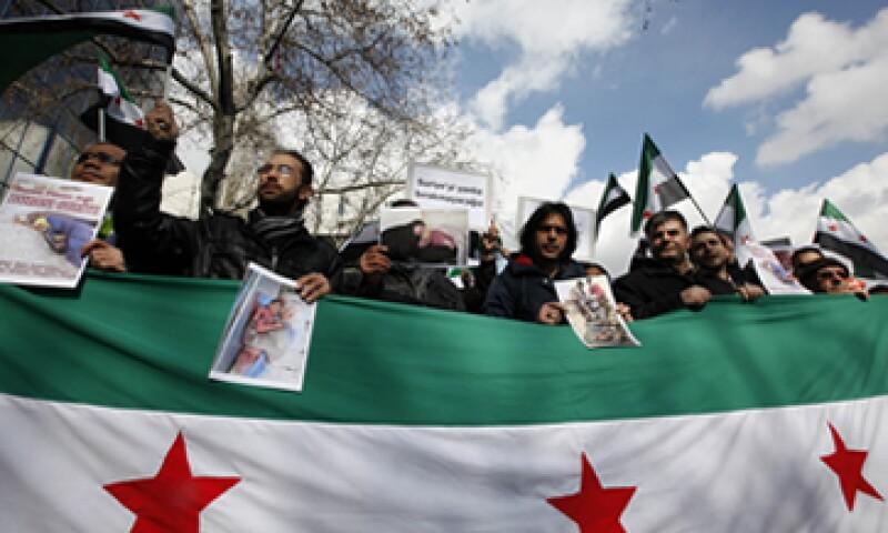 La UE sancionó a principios de 2012 a 22 personas próximas al régimen de Al Assad, cinco bancos y tres empresas petroleras. (Foto: Reuters)