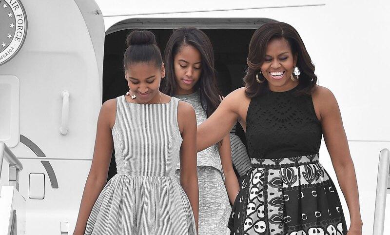 Michelle-Obama-Hijas-MAlia-Sasha-Obama-In-Vitro