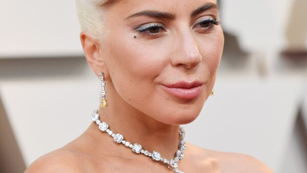 Lady Gaga con collar de Tiffany & Co.