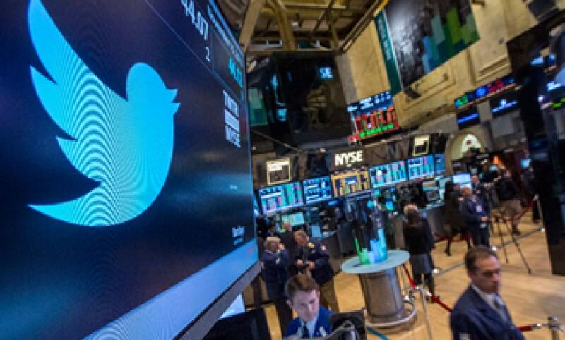 Se espera que Twitter gane 1,100 millones de dólares en 2014. (Foto: Reuters)