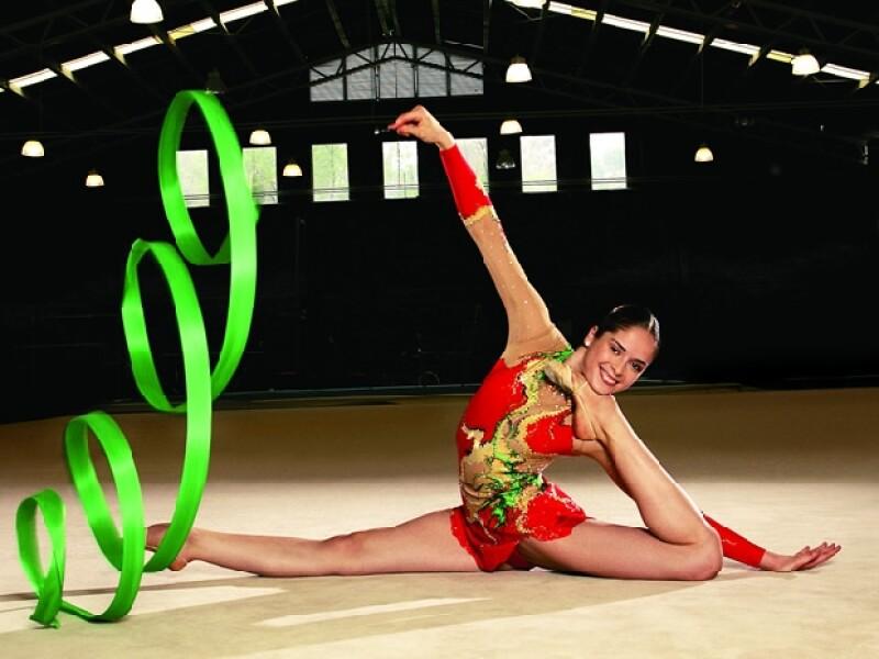 Después de pensar en retirarse de la gimnasia rítmica por una lesión, Cynthia Valdez tuvo un regreso espectacular en los Juegos Panamericanos 2011