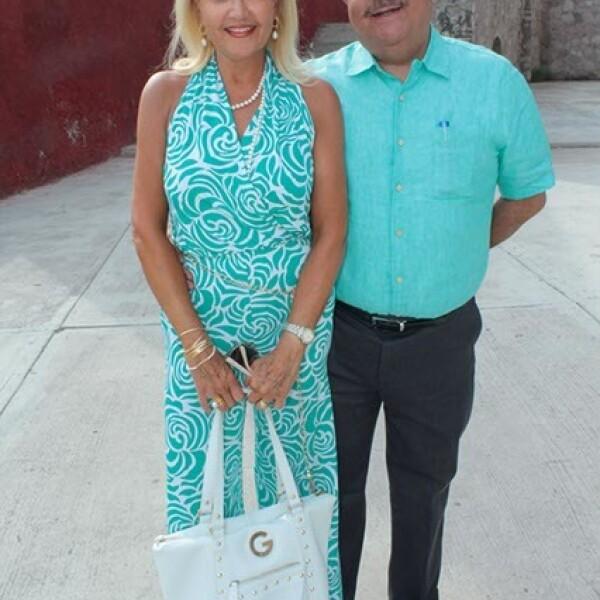 Emma Rivera Río y Sergio Reynoso