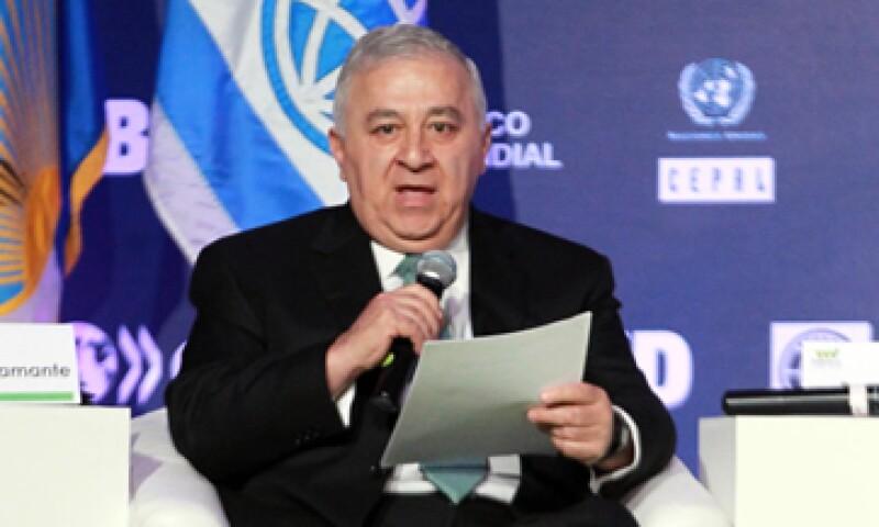 El secretario de Educación Pública, Emilio Chuayffet Chemor, descartó que algunos maestros hayan cerrado escuelas. (Foto: Notimex)