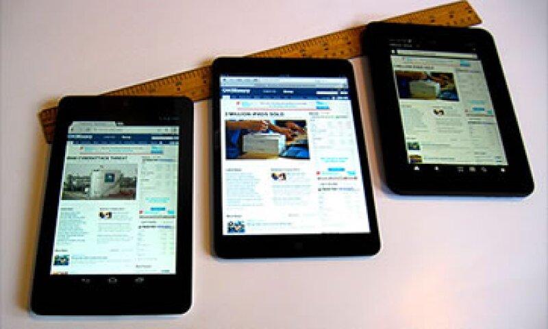 La opción más liviana es la iPad mientras que la Kindle Fire HD es la más pesada.  (Foto: Cortesía CNNMoney)