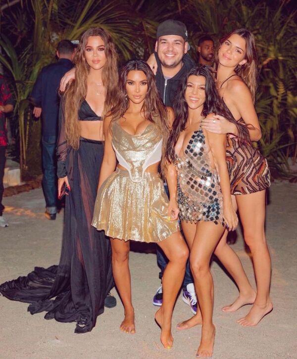 fiesta-kim-kardashian.jpg