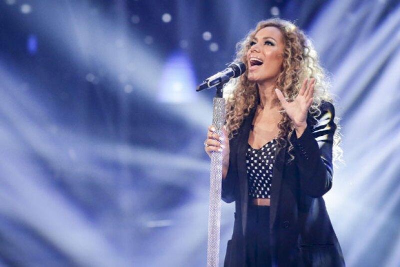 Leona Lewis en uno de sus performances para X Factor.