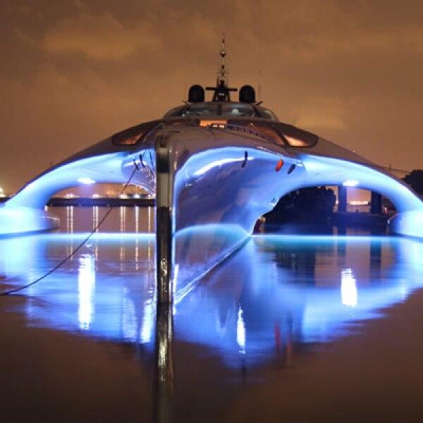 """""""Uno de los yates más sorprendentes"""", así calificó la publicación especializada, International Boat,  al Adastra."""
