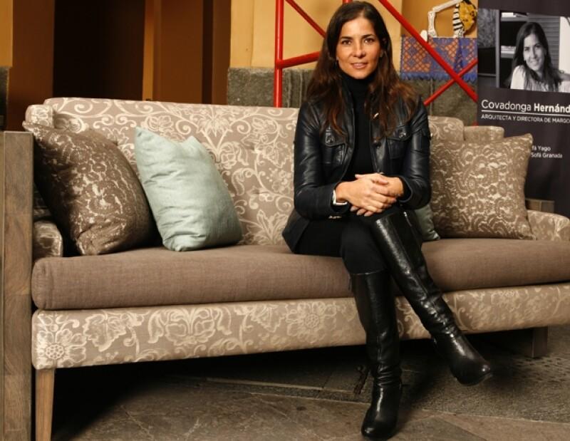 Como parte del proyecto calleveinte, Sally Azar, Covadonga Hernández y Bunker Arquitectura son algunos de los creativos que intervinieron un mueble para ser subastado a favor de niños con cáncer.