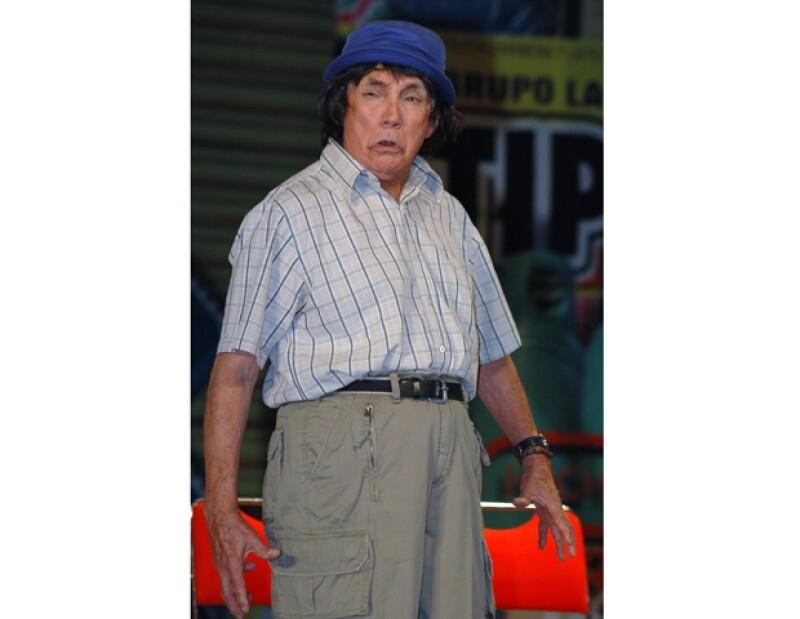 El actor estuvo también involucrado en campañas en favor de candidatos de la política mexicana.
