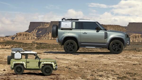 Land Rover Lego .jpg