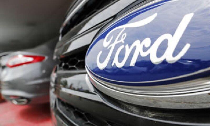 Las ganancias de Ford bajaron 22% por cargos especiales ante la reestructuración de su unidad europea. (Foto: Reuters)
