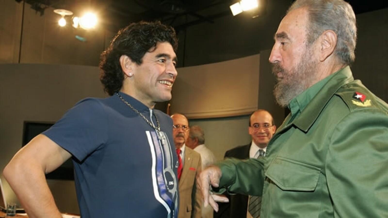 Diego Maradona con líderes mundiales