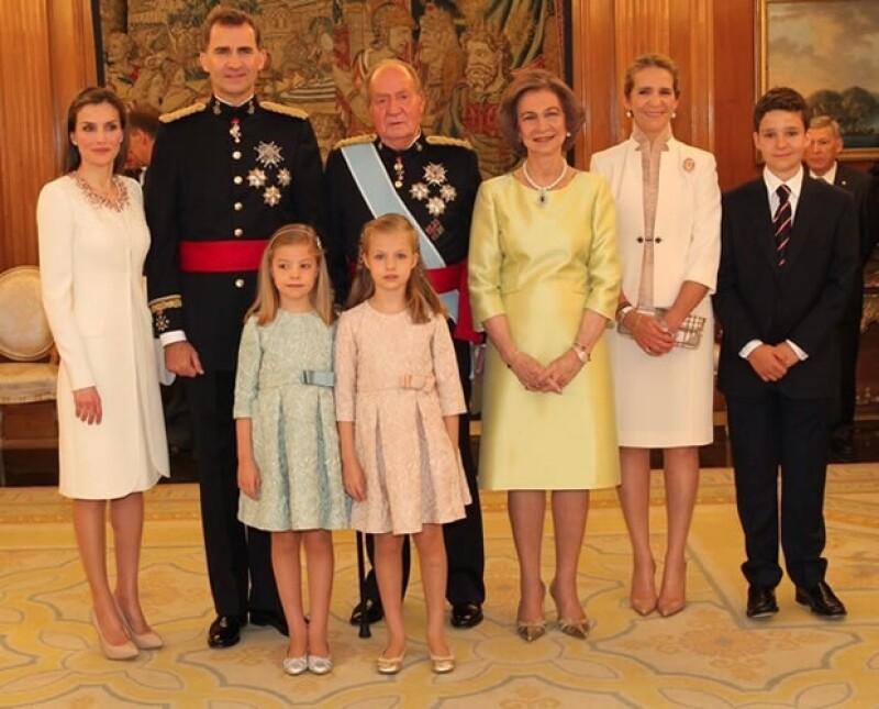 Así ha sido el gran día de Felipe VI y la Reina Letizia. Te relatamos a detalle los diferentes eventos de la proclamación del nuevo monarca de España.