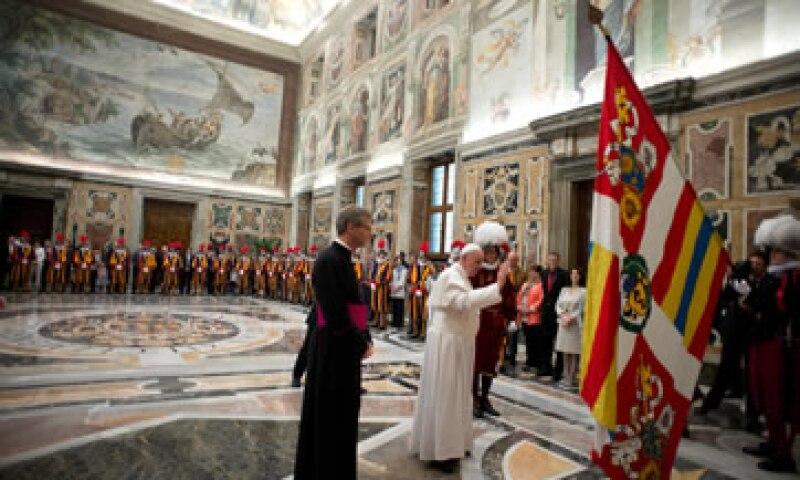 El Vaticano estaba limitado en su capacidad para compartir información financiera con otros países, según Moneyval. (Foto: AP)