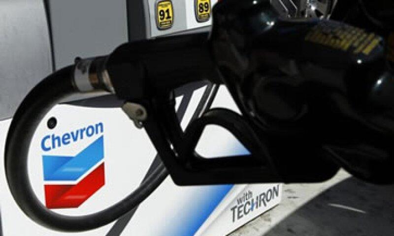 Chevron invertirá 32,700 mdd para expandir su producción este año. (Foto: Reuters)
