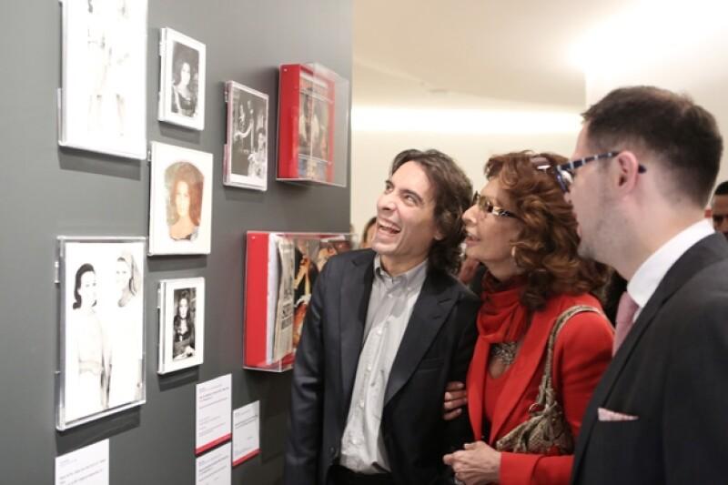 La actriz de 79 años dio por inaugurada la exposición sobre su trayectoria en el museo.