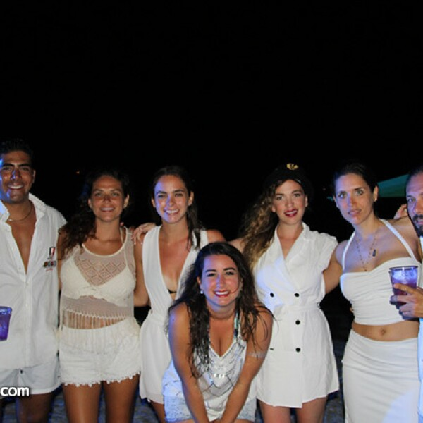 Sergio Mendoza,Jessica Salinas,Andrea Castillo,Priscilla Putz,Brenda Posseit,Daniela Perez Salinas e Israel Rodriguez