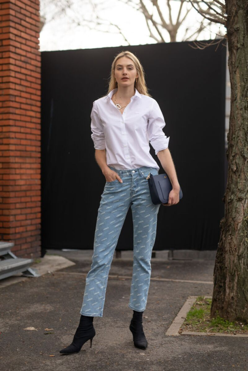 Street Style - Paris Fashion Week Womenswear Fall/Winter 2019/2020 : Day Nine
