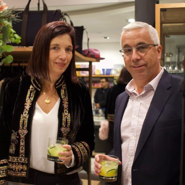 Carla Testino diseñadora y esposo Alejandro Ormeño.jpg