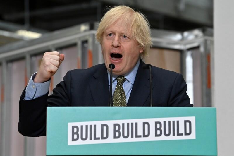 Construir, construir, construir...
