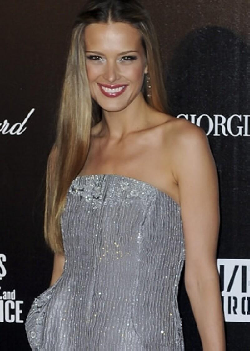 La modelo fue seleccionada por su labor lucrativa con `Happy Hearts Fund´.