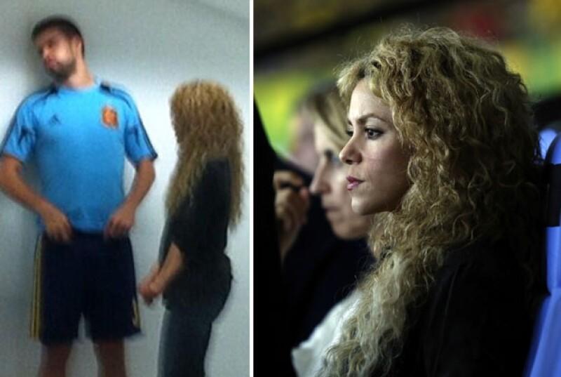 Shakira mostró su molestia al momento de la expulsión de Piqué durante la final contra Brasil y momentos después se le vio en vestidores platicando con su novio.