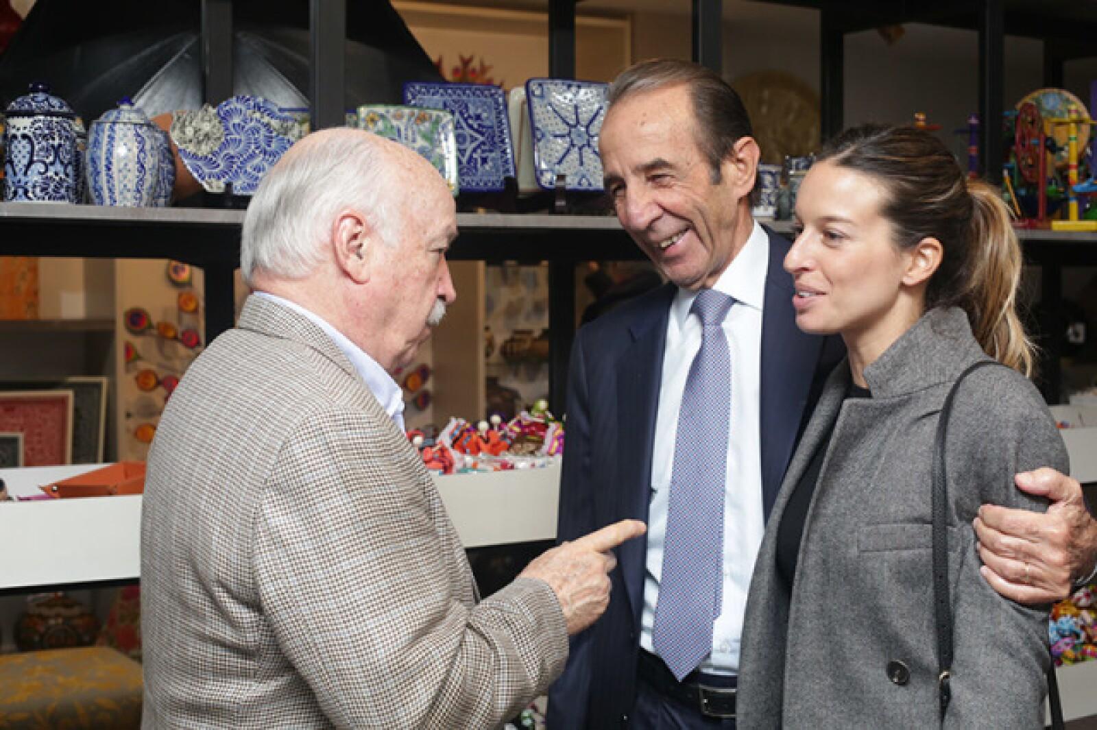 Bruno Newman,Manuel Arango y Alejandra Canales