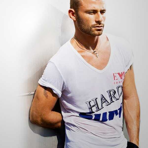Estas prendas ya están disponibles en las boutiques de Armani en México.