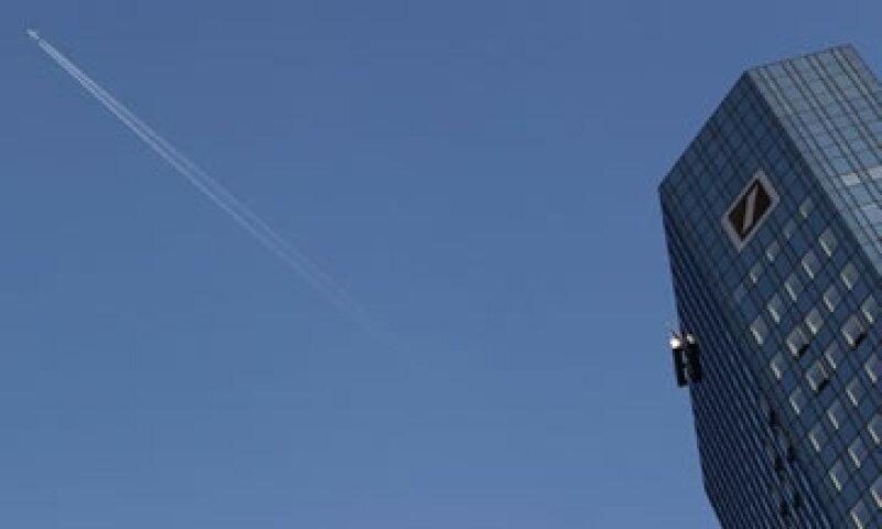 La ganancia antes de impuestos de la banca de inversión llegó a 329 mde. (Foto: Reuters)