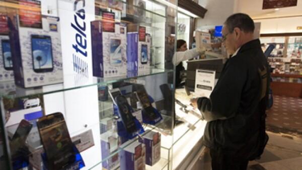 Mientras América Movil baja en la BMV, otras empresas como Axtel y Megacable repuntan.  (Foto: Getty Images)