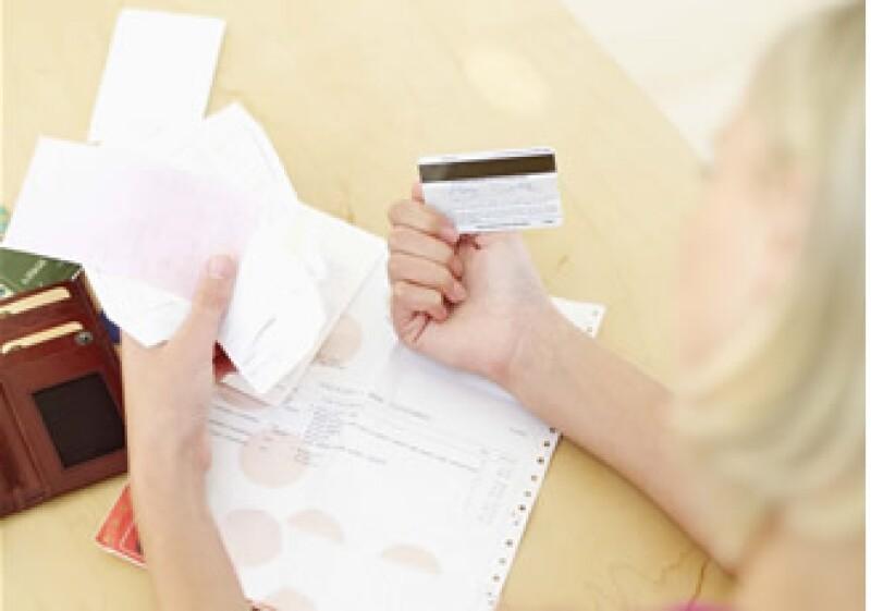 La tarjeta es un instrumento que te permite aumentar tu capacidad de compra. (Foto: Jupiter Images)