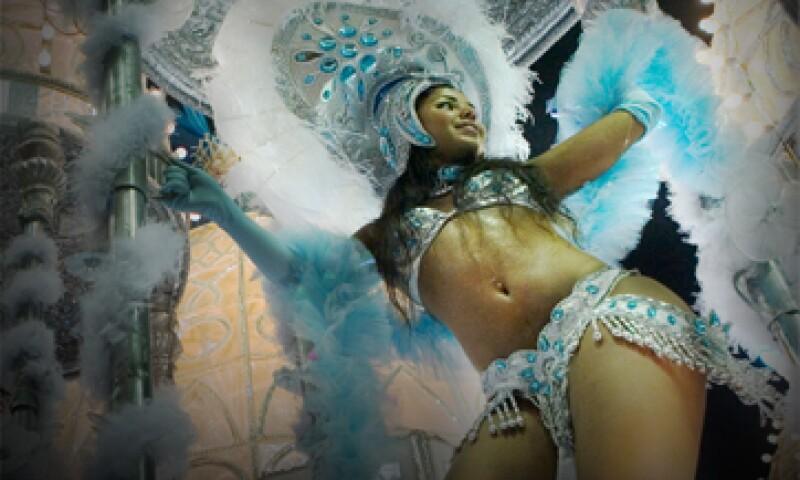 Se espera que participen 5 millones de personas este año en el carnaval de Río de Janeiro. (Foto: Getty Images )
