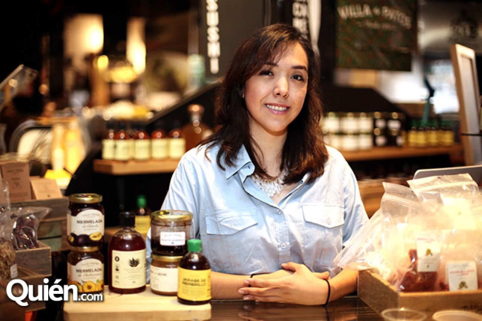Andrea Canela