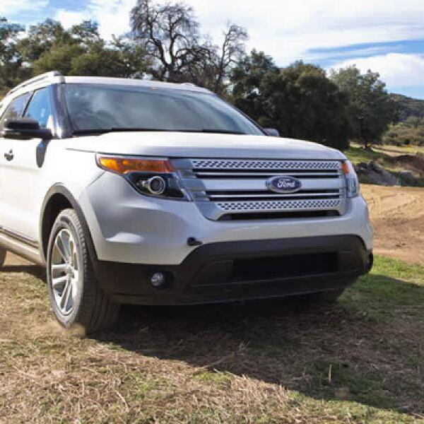 Ford decidió renovar completamente este modelo, incorporando nuevas tecnologías de entretenimiento, conectividad, seguridad y confort.
