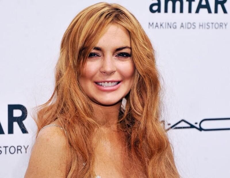 La compañía de bebidas energizantes de la cual Lindsay es imagen, la quería llevar a Dubai para ser la host en una fiesta, pero ella quiere que le paguen medio millón de dólares.