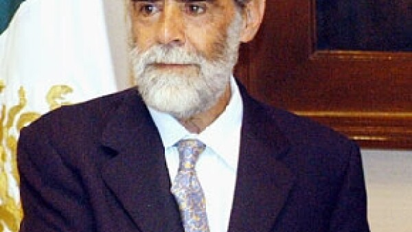 El vocero de la Procuraduría General de la República, Ricardo Najera, comentó en entrevista telefónica que el estatus del connotado político mexicano no se ha modificado.