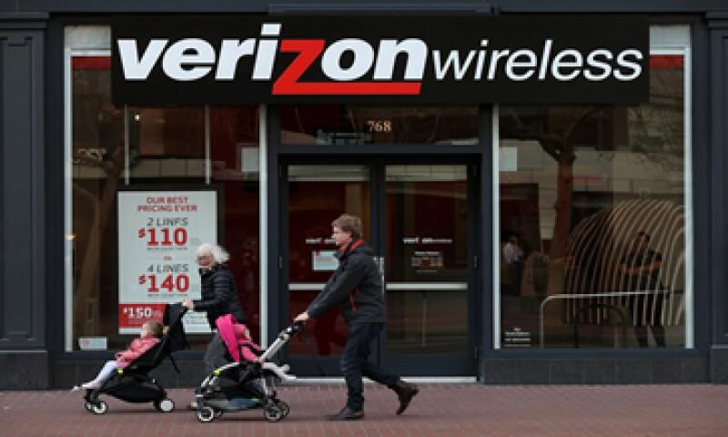 Cerca de 11,000 empleados de Verizon pasarán a las filas de Frontier. (Foto: AFP )