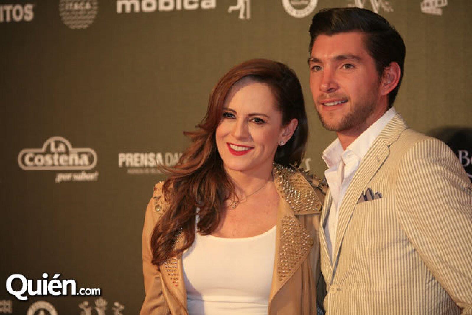 Roxanna Castellanos y Ricardo Sandoval