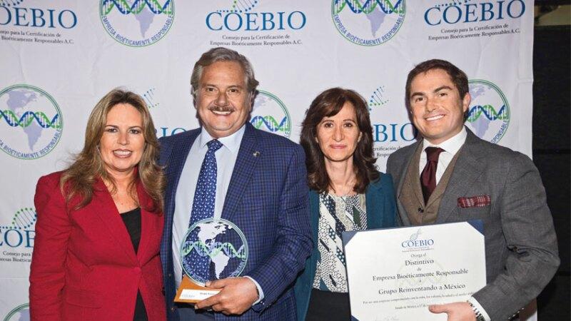 Lorena Malpica Hernández, Directora General de COEBIO A.C., Javier López,