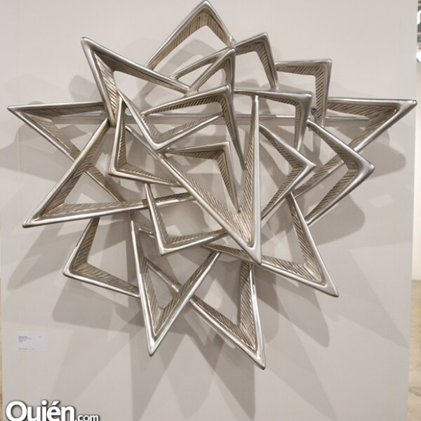 Autor Michalena Thomas,Titulo Onitiiled,Aluminium With aluminium
